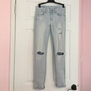 Light wash ripped American eagle jeans size 0